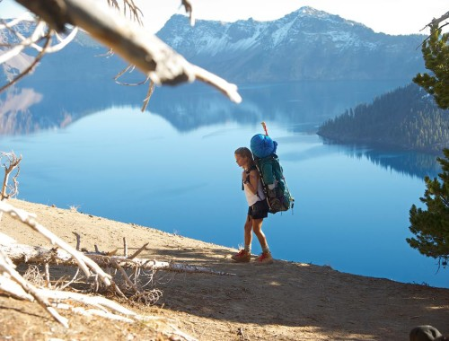 """I filmen """"Wild"""" tackler Cheryl Strayed sorgen ved The Pacific Crest Trail. En rute der går fra den mexikanske grænse ved den amarikanske vestkyst og helt op til Canada."""